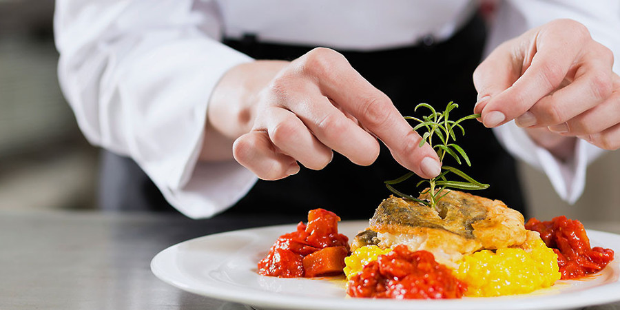 Becas para el instituto de hoteler a y gastronom a el for Grado medio cocina y gastronomia
